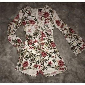 NWT MaterialGirl Cutout White Floral Romper XS